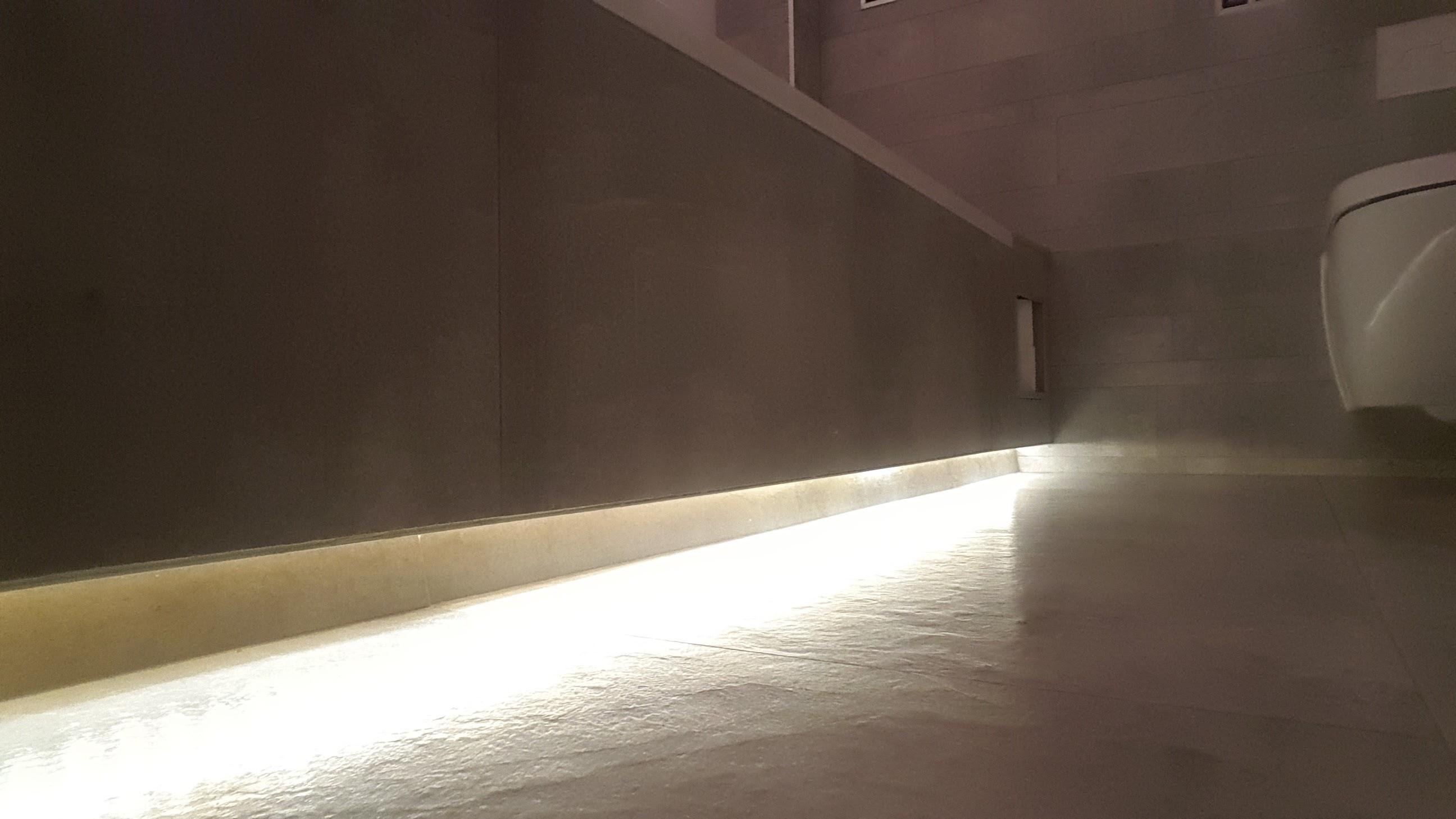 Bad met led verlichting - Theedens - Uw Totaal Installateur-