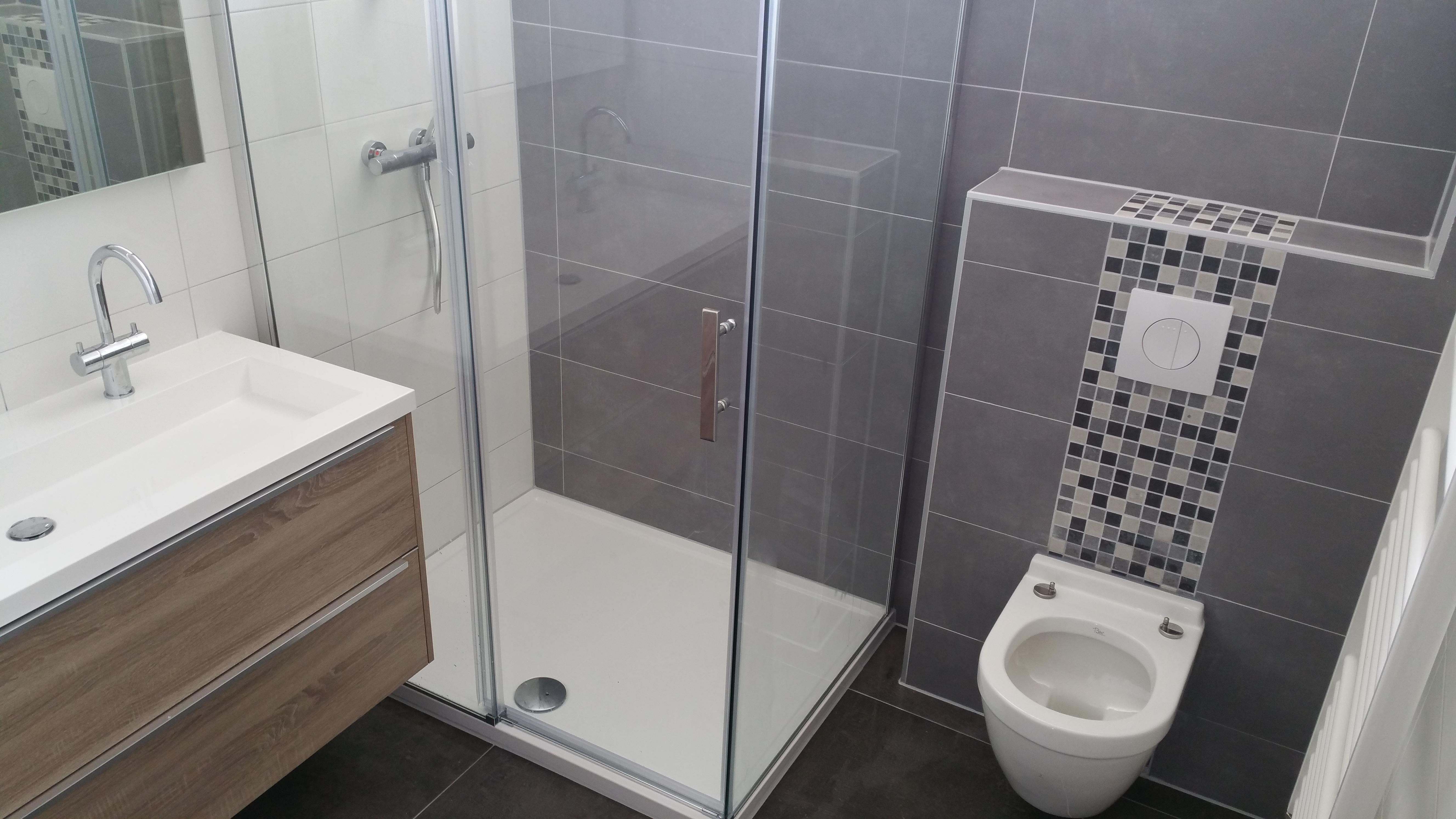 Renovatie/Verbouwen van uw badkamer? Compleet van A tot Z... Dan bent u hier op het goede adres.